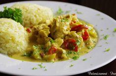 Kuřecí na kari   NejRecept.cz Chicken Curry, Czech Recipes, Ethnic Recipes, Food Porn, Poultry, Stew, Potato Salad, Mashed Potatoes, Zucchini