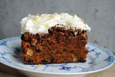 Opskriften på den hemmelige Gulerodskage (Danish recipe). Wonderful carrot cake!!!