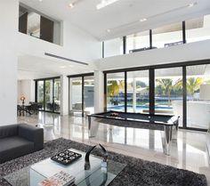 528 Lakeview Ct, Miami Beach, FL 33140