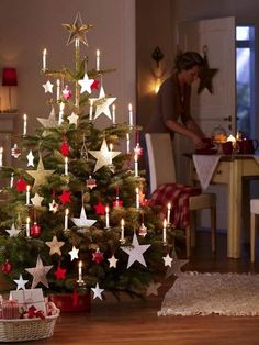 b3bn=Christmas trees that add warmth to our homes this year