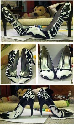 Batman High Heels. Oh My Gawwwd!