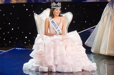 Miss Puerto Rico Stephanie Del Valle was crowned Miss World 2016 at the MGM National Harbor in Oxon Hill, Maryland, on December 18, 2016