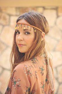 Hippie Headband Hairstyles, Hippie Headbands, Vintage Headbands, Flower Headband Hippie, Bohemian Headband, Hippie Style, Looks Hippie, Bohemian Style, Hippie Hair Styles