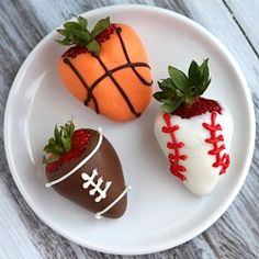 Sports- Dipped #Strawberries (baseball, football and basketball) for #Father'sDay.