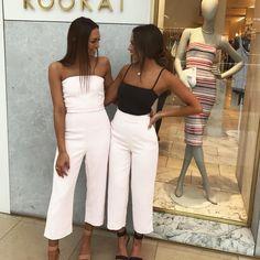 "14.1 mil Me gusta, 186 comentarios - KOOKAÏ (@kookai_australia) en Instagram: ""How cute are our Chadstone KOOKAÏettes in the Oyster Jumpsuit, Blair Bodysuit and Oyster Pants ✨…"""