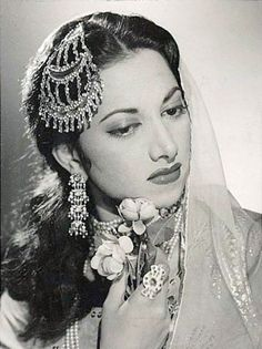 Vintage Bollywood actress and singer Suraiya. Originally black and white photo coloured by me. Vintage Bollywood, Indian Bollywood, Bollywood Stars, Bollywood Fashion, Bollywood Cake, Bollywood Masala, Bollywood Party, Indian Celebrities, Bollywood Celebrities