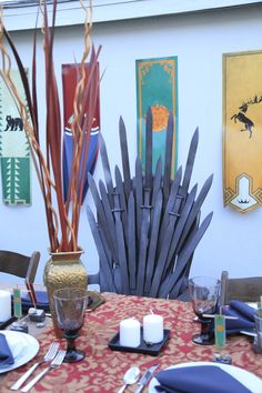 1000 images about vikis baby shower on pinterest game of thrones iron throne and baby shower. Black Bedroom Furniture Sets. Home Design Ideas