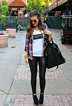 20 Looks with Leather Leggings and Pants Glamsugar.com How to wear leather pants