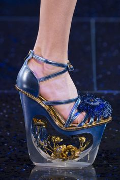 Guo Pei at Couture Spring 2018 Guo Pei at Couture Spring 2018 - Details Runway Photos Hot Shoes, Women's Shoes, Me Too Shoes, Shoe Boots, Platform Shoes, Funny Shoes, Weird Shoes, Crazy Heels, Guo Pei