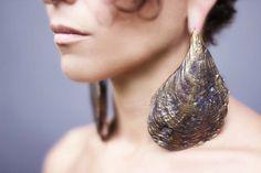 Oyster Shell Ohrringe  Ohr-Gewichte  gestreckt von eleven44jewelry