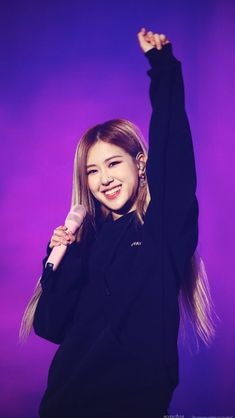 Image discovered by chaennies. Find images and videos about kpop, rose and blackpink on We Heart It - the app to get lost in what you love. Kim Jennie, South Korean Girls, Korean Girl Groups, Foto Rose, Rose And Rosie, Rose Bonbon, Rose Icon, Kim Jisoo, Rose Park