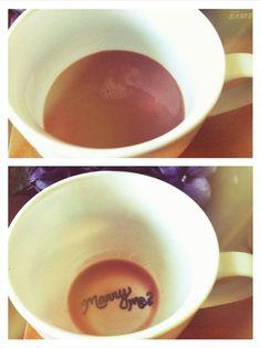 Une belle demande en mariage au moment du café