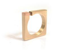 Anell, anillo, ring | More at www.fidelroca.cat fidelroca@fidelroca.cat