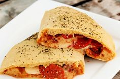 Homemade whole wheat dough, freshly shredded mozzarella and fat slices of pepperoni. Pepperoni Calzone, Ravioli Bake, Baked Ravioli, Tasty Kitchen, Recipe Community, The Fresh, Cooking Recipes, Ham Recipes, Pizza Recipes