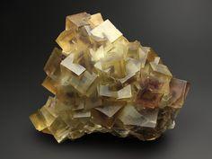 Fluorite Wuyi, Zhejiang Province, China / 武义,浙江,中国 10.5 x 8.2 x 4.2 cm
