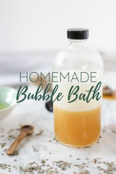 All-natural homemade bubble bath is a relaxing way to take a bath without drying out your skin. This super moisturizing DIY bubble bath recipe can help soothe skin and is healthy too. Bubble Bath Homemade, Homemade Bubbles, Lip Scrub Homemade, Homemade Skin Care, How To Make Homemade, Homemade Products, Diy Products, Bath Recipes, Kitchen Recipes