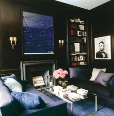 BLACK, NAVY & IVORY IS GOLD | Mark D. Sikes: Chic People, Glamorous Places, Stylish Things