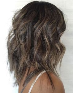 Razored Cut For Long Wavy Hair Wavy Haircuts Medium, Short Hairstyles For Thick Hair, Medium Long Hair, Haircut For Thick Hair, Medium Hair Cuts, Long Hair Cuts, Long Hair Styles, Curly Hairstyles, Wedding Hairstyles