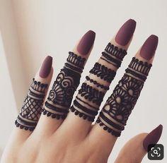 Beautiful stylish Finger Mehndi henna design for hands eid weddings 2019 Indian Henna Designs, Finger Henna Designs, Mehndi Designs For Girls, Mehndi Designs For Beginners, Mehndi Designs 2018, Mehndi Designs For Fingers, Modern Mehndi Designs, Unique Mehndi Designs, Mehndi Design Pictures