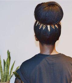 #melanin #naturalhair #braids #twists #blackgirlmagic #shrinkage #bigchop #teamnatural #braidout #twistout #rollerset #curls #curlyhair #blackbeauty #bighair #washandgo #bighairdontcare #healthyhair #naturalhairjourney #healthyhairjourney #hairjourney