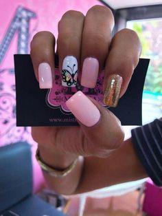 Uñas decoradas: belleza en la punta de los dedos #uñasdecoradasjuveniles Shellac Nails, Manicure And Pedicure, My Nails, Acrylic Nails, Cute Nails, Pretty Nails, Bridal Nail Art, New Nail Art, Nail Spa