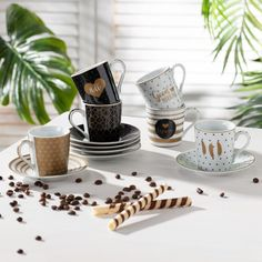 Zestaw filiżanek do espresso Caffee Mania black&white - Dekoria Espresso Cafe, V60 Coffee, Manila, Coffee Maker, Black White, Kitchen Appliances, Tableware, Porcelain Ceramics, Coffee Maker Machine
