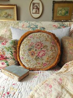 Create Cozy English Cottage Rooms With Floral Chintz Fabric - Create Cozy Englis. - Create Cozy English Cottage Rooms With Floral Chintz Fabric – Create Cozy English Cottage Rooms W -
