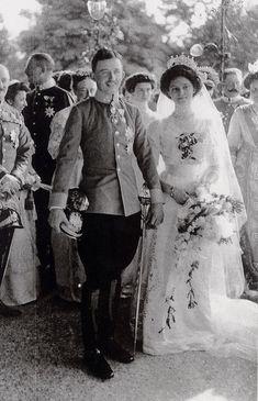 1911—more Zita and Karl on their wedding
