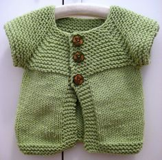 Ravelry: Neck Down Cardi pattern by Lion Brand Yarn Source by hcleroux Sweater Knitting For Kids, Easy Knitting, Baby Knitting Patterns, Knitting Ideas, Baby Cardigan, Crochet Cardigan, Knit Crochet, Knit Baby Sweaters, Toddler Sweater