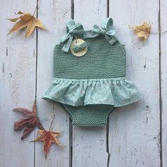 Crochet Bebe, Knit Crochet, Crochet Hats, Onesie Pattern, Little King, Crochet Baby Clothes, Photo Props, Baby Knitting, Baby Dress