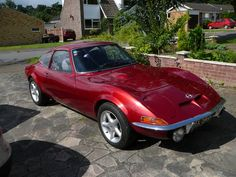Opel GT- this looks like my first car.