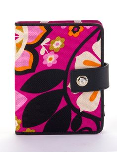 Sirena Kindle4/Touch Cover. Spartina 449. Prairie Patches Lawrence, Kansas. (785)749-4565 .