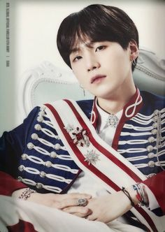 Discovered by Find images and videos about kpop, bts and jungkook on We Heart It - the app to get lost in what you love. Kim Namjoon, Min Yoongi Bts, Min Suga, Seokjin, Daegu, Foto Bts, Bts Photo, K Pop, Min Yoonji