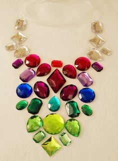 Berry colors! Statement Necklace with Rhinestones