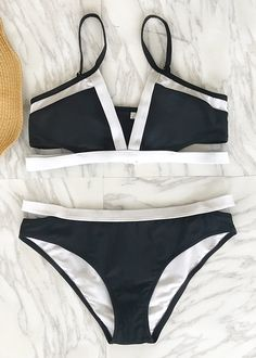 Treat yourself something special in this great season~ No matter at beach or by pool, you definitely need this chic bathing suit to highlight your beauty! Timeless black & white combo shows infinite fashion. Shop now~