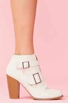 Ezra Ankle Boot