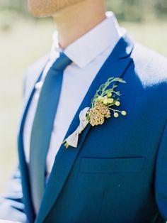 Yellow boutonnier on blue suite for Fall wedding inspiration | fabmood.com #wedding #fallwedding #autumn #autumnwedding
