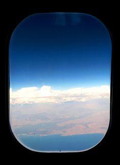 En el avion, esperando llegar*