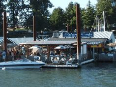 Island Cafe                                        Floating in McCuddy's Marina on Hayden Island, the Island Cafe has been a Portland mainstay for 20 years. Floating amongst the sailboats and floating homes of the North Portland Harbor