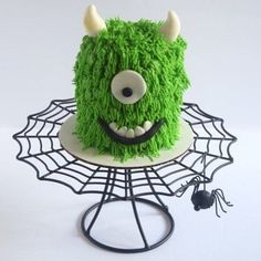"""""""He did the mash, he did the monster mash"""" 🎶 Inspired by @chelsweets to make this little monster cake. I can't over this cake stand from @michaelsstores 🕷 #sweetbeecakes #monstercake #halloween #burlington #homebaker #swissmeringuebuttercream #halton Bee Cakes, Swiss Meringue Buttercream, Monster Mash, Little Monsters, Crochet Hats, Halloween, Gallery, Sweet, How To Make"""