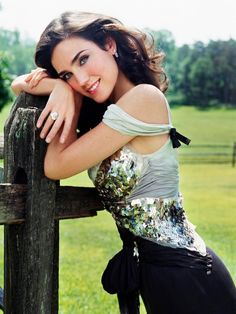 Jennifer Connelly media gallery on Coolspotters. See photos, videos, and links of Jennifer Connelly. Jennifer Connelly, Jennifer Aniston, Beautiful Celebrities, Most Beautiful Women, Beautiful Actresses, Beautiful Mind, She Was Beautiful, Actrices Hollywood, Christina Ricci
