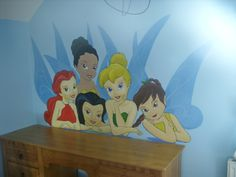 Tinkerbell kinderzimmer ~ I just might paint this on giannas bedroom wall! *tinkerbell