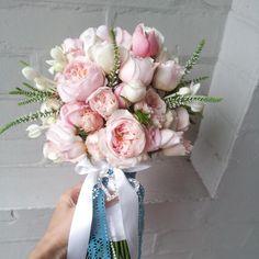wedding bouquet, garden roses, David Austin, Veronica,