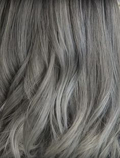 Looking for the right Shampoo For Gray Hair? Best Purple Shampoo, Shampoo For Gray Hair, Hair Shampoo, Best Hydrating Shampoo, Clarifying Shampoo, Color Depositing Shampoo, Color Shampoo, Grey Hair Dye, Silver Grey Hair