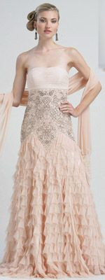 My prom theme this year is vintage Hollywood...This dress would work so well with the theme! :)