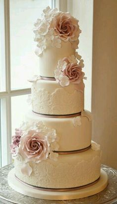 Gorgeous Lace Wedding Cake ~ Cake Design: Cotton and Crumbs Maybe with stripes on one tier Elegant Wedding Cakes, Beautiful Wedding Cakes, Gorgeous Cakes, Wedding Cake Designs, Pretty Cakes, Amazing Cakes, Beautiful Flowers, Elegant Cakes, Rustic Wedding