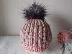 Postupy na pletené a háčkované čiapky pre bábätká a malé deti | Artmama.sk Winter Hats, Knitting, Fashion, Scarves, Moda, Tricot, Fashion Styles, Breien, Stricken
