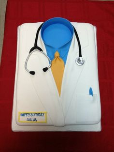 Cake With Name For Doctor : 1000+ images about Doctor Gifts on Pinterest Doctor Cake ...