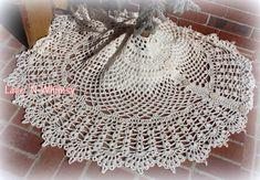 Vintage Lace Christmas Tree Skirt Crochet Pattern