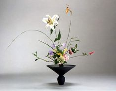 Ikebana – the art of Japanese flower arranging ...
